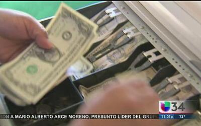 Anuncian posible aumento al salario mínimo