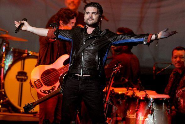 Juan Esteban Aristizabal Vásquez, mejor conocido Juanes, es un cantante...