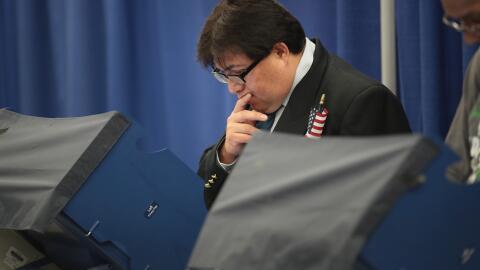 Los centros de votación pueden ser espacios problemáticos para algunos,...
