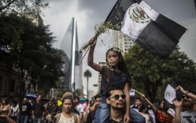 Protesta en Ciudad de México por el asesinato del fotoperiodista...