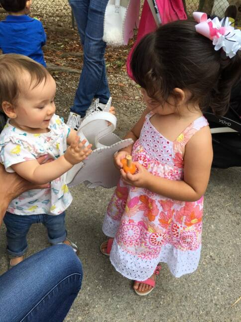 Ana Patricia y Satcha Pretto fueron a buscar huevos de Pascua