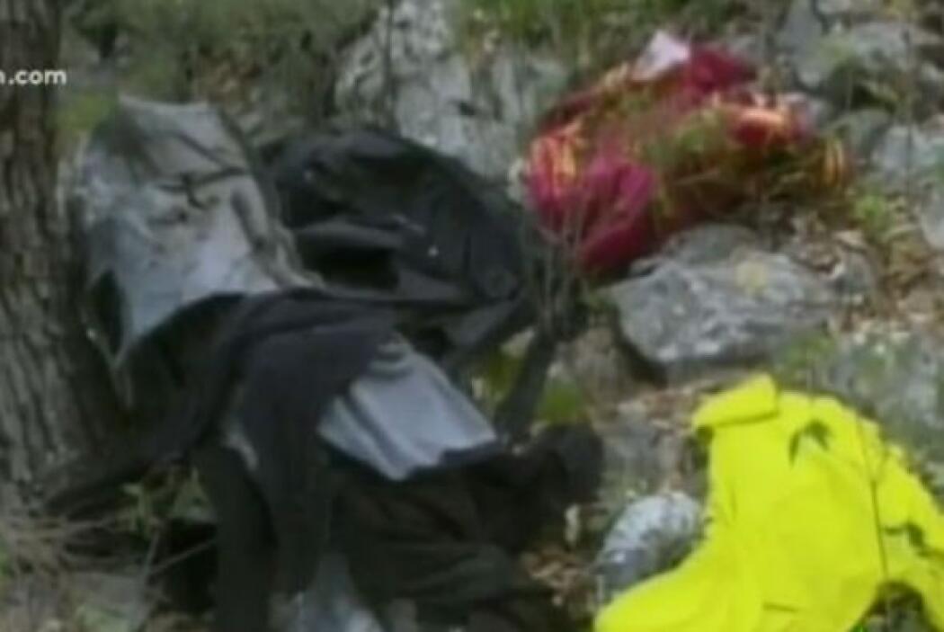 Reportes indicaron que sólo quedaron fragmentos del LearJet25 en el que...
