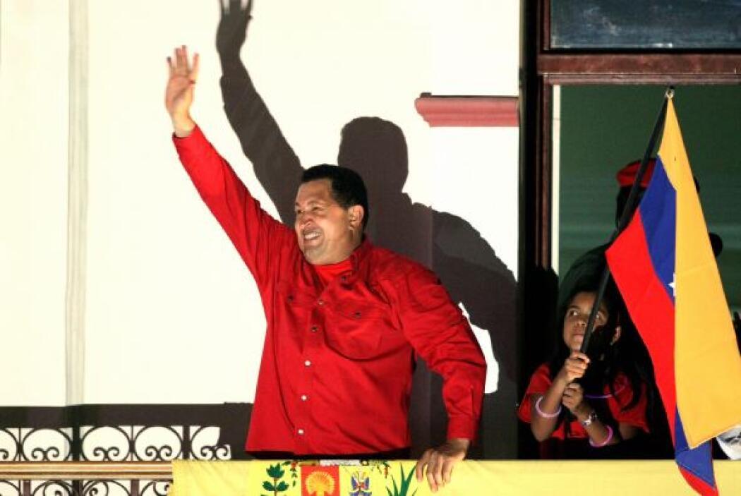 Octubre 7- Tras 14 años en el cargo, el presidente venezolano Hugo Cháve...