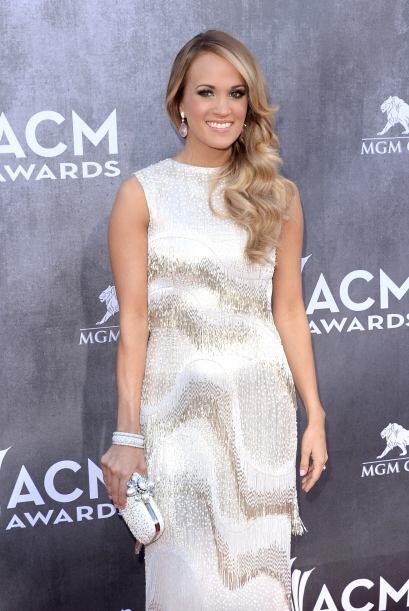 Carrie Underwood fue otra belleza que brilló con su elecci&oacute...