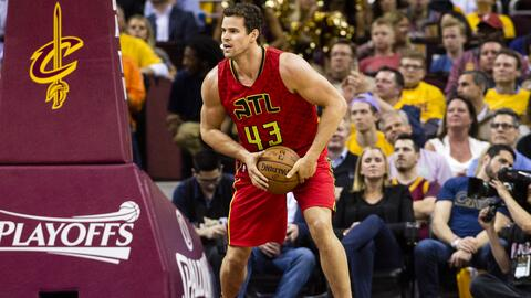 Kris Humphries.