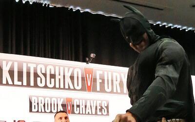 Tyson Fury fue a la conferencia de prensa para su pelea con Wladimir Kli...
