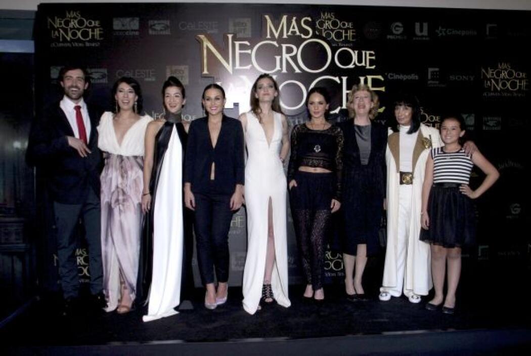 """""""Más negro que la noche"""" es un remake del clásico de terror mexicano de..."""