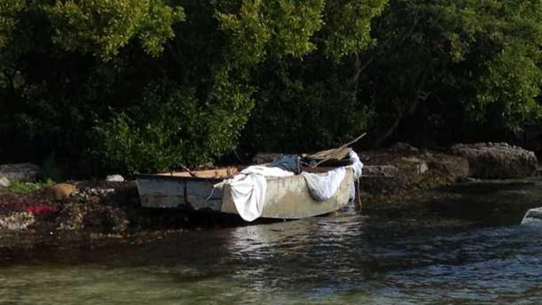 Embarcación en la que llegaron nueve cubanos a Key West.