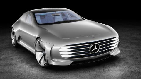 El Mercedes-Benz Concept IAA del 2015 es una de las más recientes propue...