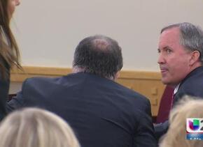 Procurador texano enfrenta cargos criminales