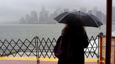 Tormenta 'Nor'easter' podría provocar inundaciones y vías resbaladizas e...