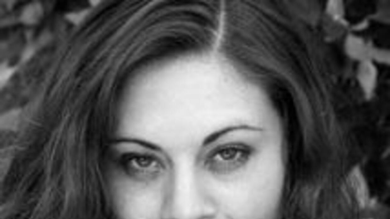 Sonia interpreta a Ivana en Yo No Creo En Los Hombres.