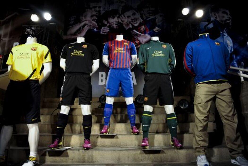 Esta es la nueva equipación del Barcelona, con la que encarará la siguie...