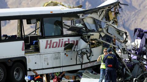 Investigan accidente de autobús de turismo que dejó más de 10 muertos y...