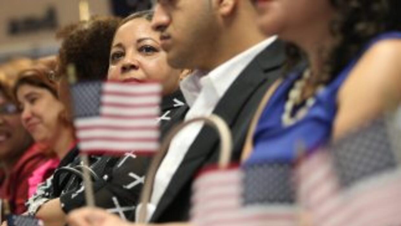 El camino a la ciudadanía para los indocumentados sigue siendo el Talón...