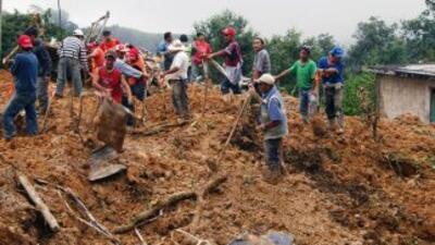 Siete de los 11 muertos se dirigían a Altotonga, donde trabajaban como a...