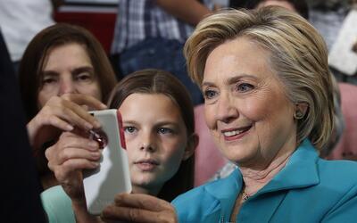La candidata presidencial Hillary Clinton, en un evento en el Truckee Me...