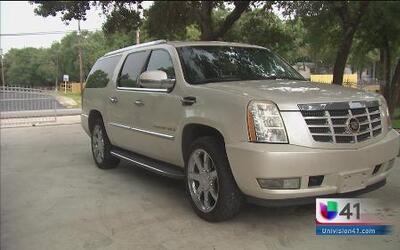 Mujer denuncia estafa al comprar una camioneta