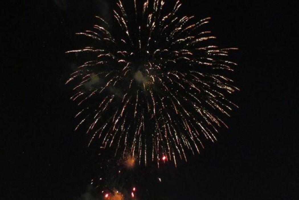 Los fuegos artificiales son uno de los eventos más esperados para los fe...