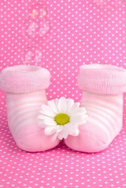 Este calzado debe ser ligero, de material poroso, de suela flexible y co...