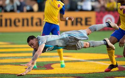 Como un super héroe, Miguel Ibarra 'voló' hacia la victori...