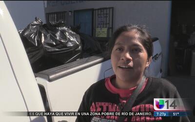Inmigrantes se preparan en caso de una posible deportación