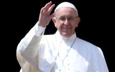 El papa Francisco llega a Egipto con el objetivo de crear unión entre mu...