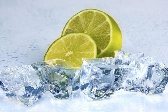 Refrescante. El limón en sí tiene una cualidad refrescante...