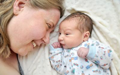 Un bebé salvó la vida de su madre