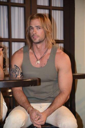 """Así que tuvo que dejarse el cabello largo para convertirse en el """"Capitá..."""