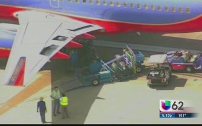 Avión aterriza de emergencia en Dallas
