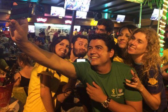 Y mientras Alan sufría, Orlando aprovechaba para tomarse algunas selfies...