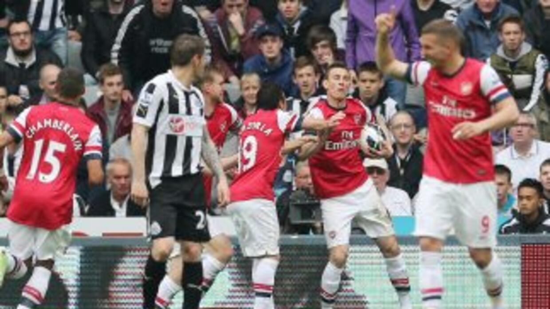 El solitario gol de los 'Gunners' les bastó para darles el boleto a la p...