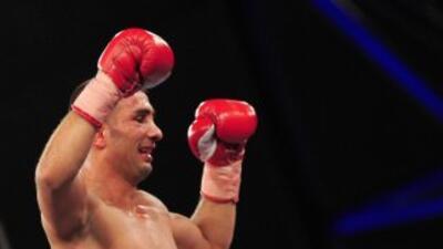 Selcuk Aydin enfrentará a Robert Guerrero.