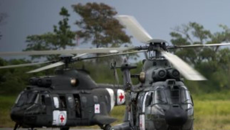 Los helicópteros cedidos por Brasil para participar en el operativo de l...