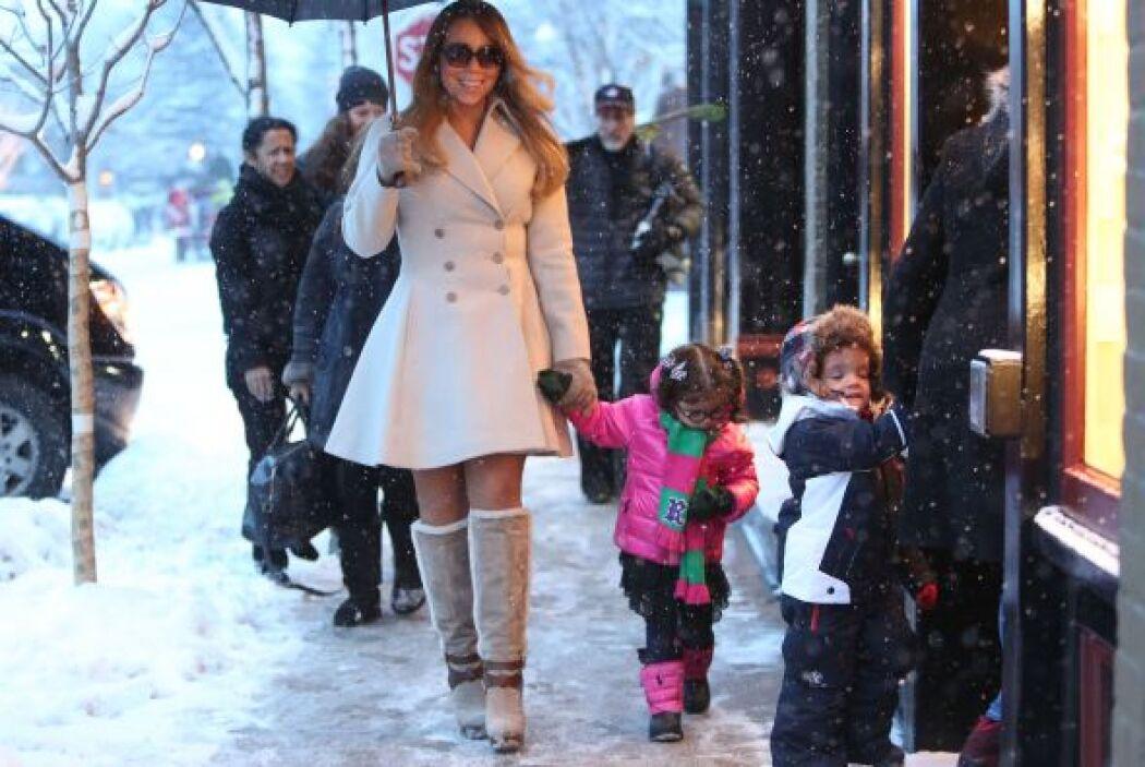 La guapa Mariah Carey ya se encuentra disfrutando de una blanca Navidad...