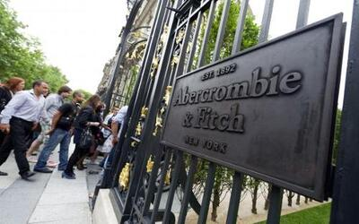 Abercrombie & Fitch Co abrió su primer local en Francia en una de las pr...