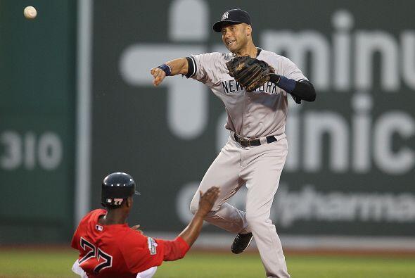 El shortstop Derek Jeter (Yankees), quien arrancará el orden al bate de...