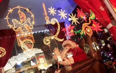 Las fiestas decembrinas llenan de color la ciudad de México. Los mexican...