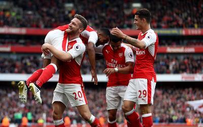 Arsenal venció 3-2 al Swansea