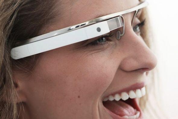 Las gafas futuristas de Google. En abril la compañía mostr...
