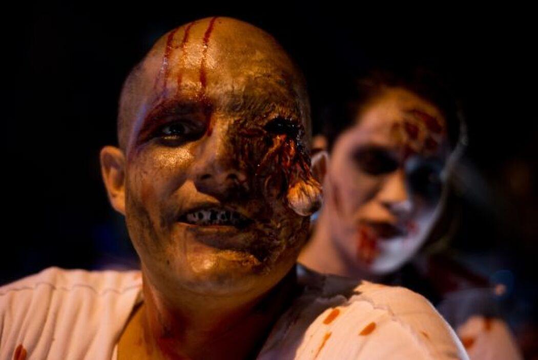 En la ciudad argentina de Salta se realiza el Zombie Walk, una caminata...