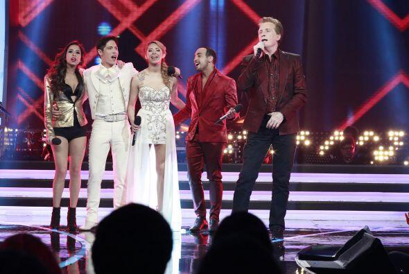 Emmanuel cantó con Virginia, Fernando, Paloma y José.