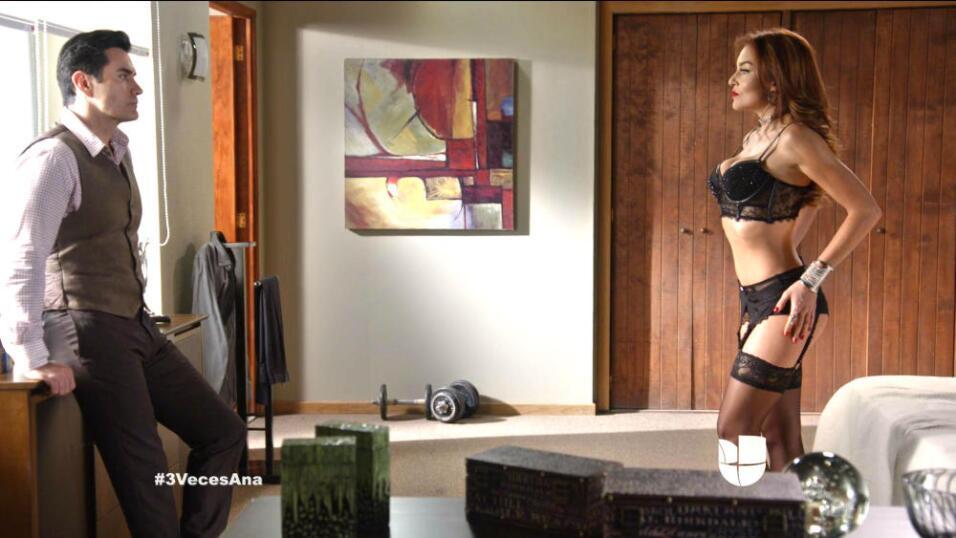 Revive los momentos más HOT de Angelique Boyer en Tres Veces Ana