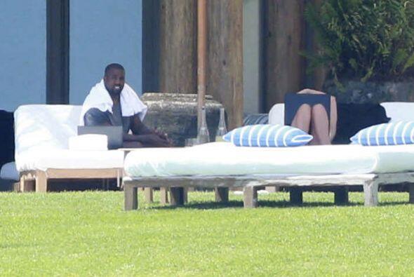 Kim y Kanye se encuentran en Puerto Vallarta, México.Mira aquí los video...
