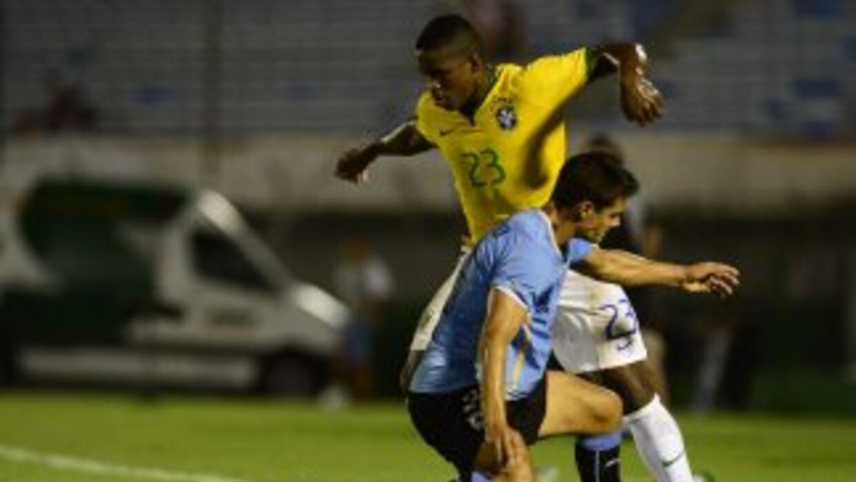 El brasileño Yuri Mamute y el uruguayo Guillermo Cotugno.