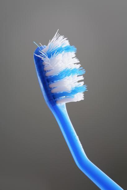 El cepillo de dientes te ayudará a llegar a los lugares má...