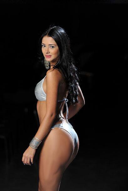 Carolina Restrepo, es una futura Miss Colita 3699225dc35142e487378d9c6ea...