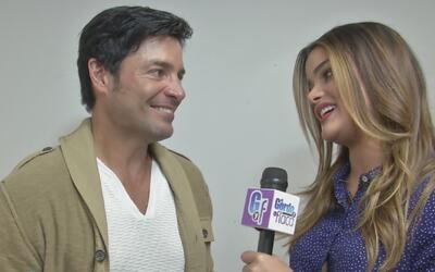 Clarissa Molina casi se derrite entrevistando a Chayanne