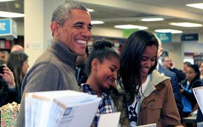 El presidente de Estados Unidos, Barack Obama, acudió el sábado con sus...